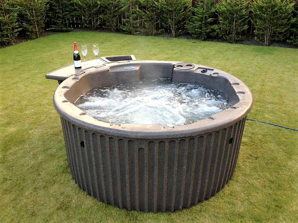 Upgrade Your Garden With A Luxury Hot Tub