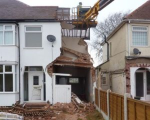 party wall foundation causes house collapse