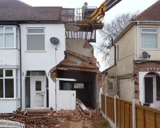 Digging Deep Foundations May Require Party Wall Agreement