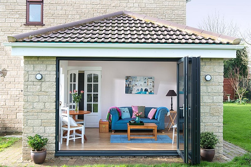 5 Ways to Enjoy Your Conservatory This Summer